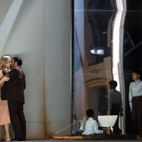 Medea - Zweite Begleiterin (Charles Castronovo: Jason), Staatsoper Berlin, Staging: Andrea Breth