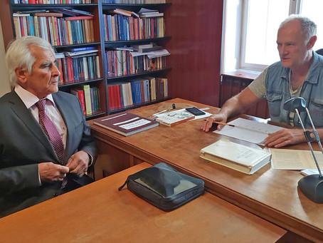 Stretnutie prof. Štefana Kassaya s Istvánom Bácskaiom, riaditeľom vydavateľstva Gondolat v Budapešti