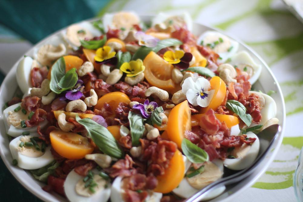 Fler recept på goda vackra sallader dyker upp!