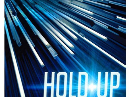 Review : Hold Up by Sebastien Calbry and Thibaut Surest