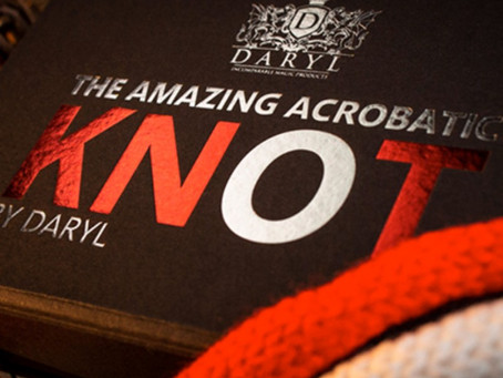 Review : Amazing Acrobatic Knot by Daryl
