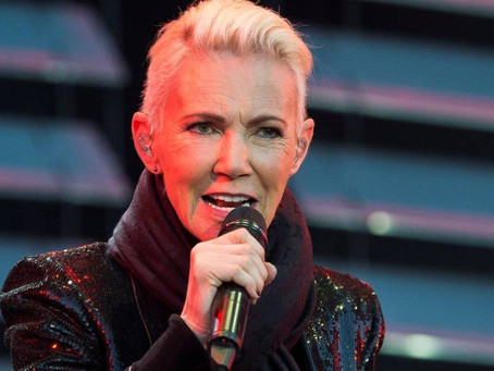 Morre a Vocalista do Roxette, Marie Fredriksson aos 61 anos.
