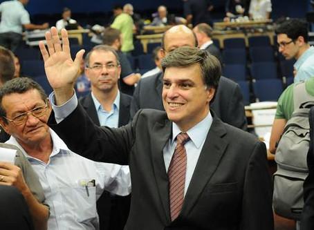 Pré-candidato, Pedro Serafim apresenta projeto