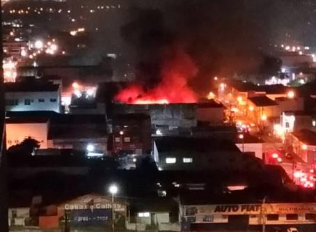 Incêndio atinge loja de roupas em Sumaré