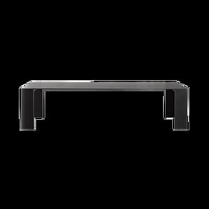 Der Tisch METALLICO wird in rechteckiger und quadratischer Form angeboten. Er zeichnet sich durch die aus 12 mm Aluminiumlaminat gefertigten Platte und Füße aus. Verfügbar in den Farben Schwarz und Weiss.