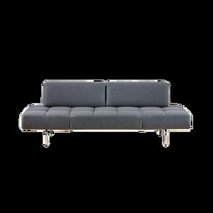 Durch herausnehmen der Rückenkissen ist JERRY von BRÜHL schnell zu einem komfortablen Bett verwandelt. Die Seitenlehnen können hochgestellt werden, so dass sich eine bequeme Liegeposition ergibt. Durch die filigrane, dennoch markante Form findet JERRY in vielen Räumen einen Platz.