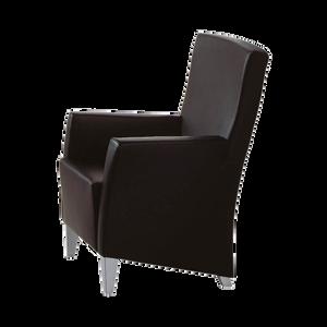 LIZ von FRANZ FERTIG ist ein bequemer Lesesessel aber auch ein bewährter Arbeitsstuhl. Auch mit Wechselbezug möglich. Einfach auszutauschen und mit Klettband zu befestigen. Viele Stoffbezüge stehen zur Wahl, sowie Microfaser auf Wunsch und in Leder grundsätzlich mit Kappnähten versehen. Ob mit niedriger oder mit hoher Rückenlehne, LIZ macht immer eine gute Figur. Einzeln oder als Ergänzung zu einem Sofa. Und besonders bequem mit dem passenden Hocker.