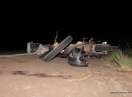 Dois homens morrem após colisão entre motos na BR-364