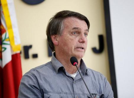 "Bolsonaro: Isolamento é ""conversinha mole"" e coisa ""para os fracos"""