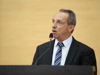 Deputado Lazinho da Fetagro reafirma que ainda não é o momento para retorno às aulas presenciais