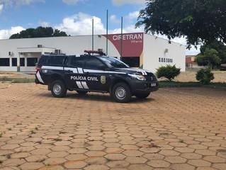 Polícia prende servidora suspeita de cobrar propina na Ciretran de Vilhena, RO