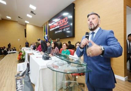 Promotore de Justiça Héverton Alves de Aguiar,