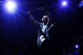 Neil Young apresentará o Pearl Jam no Hall da Fama do Rock
