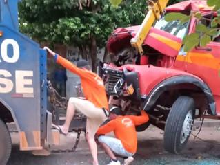 Urgente: Grave acidente entre ônibus e caminhões deixa um ferido