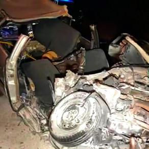 Identificados quatro mortos na violenta colisão entre carro e caminhão