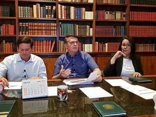 Bolsonaro acusa governadores de usar verba contra covid-19 para botar contas em dia