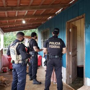 Operação é realizada pela PF em Cacoal, RO, para investigar compra de moeda falsa