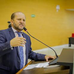 Deputado Cirone Deiró celebra aprovação de recursos para renovação do Cartão Alimentação Escolar