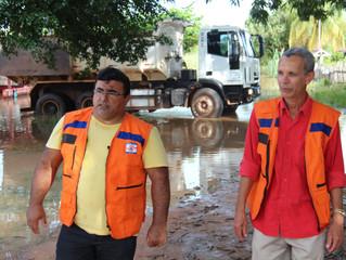 Prefeitura auxilia famílias atingidas pelas águas em Cacoal