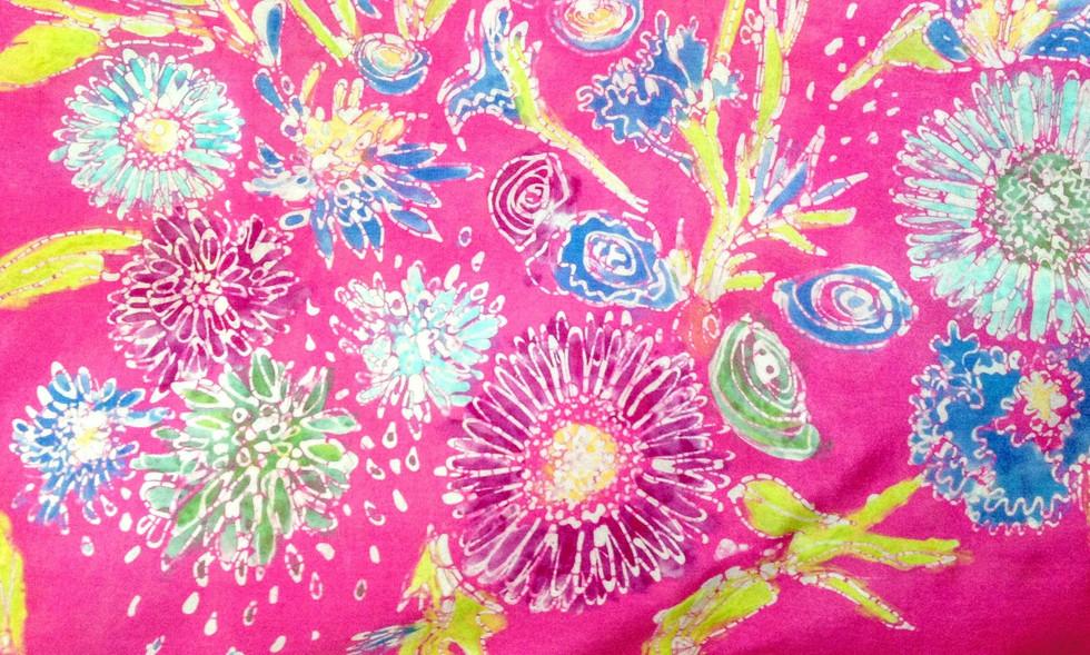 Floral bouquet scarf detail