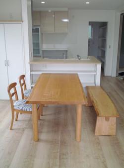 椋のテーブル&ベンチ&TORAチェアー