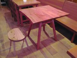 ケヤキコンパクトテーブル、栗スツール