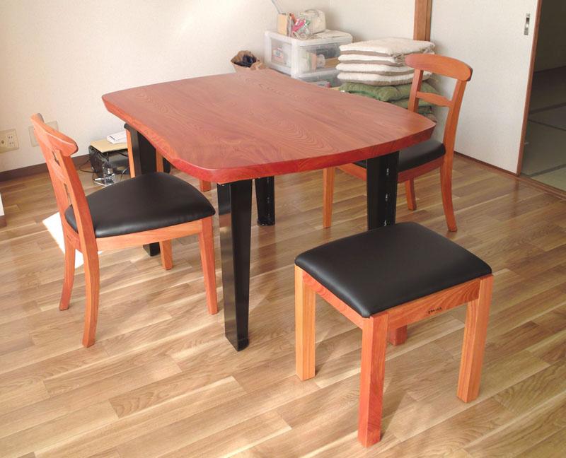 ケヤキのテーブル、tora chair、stool
