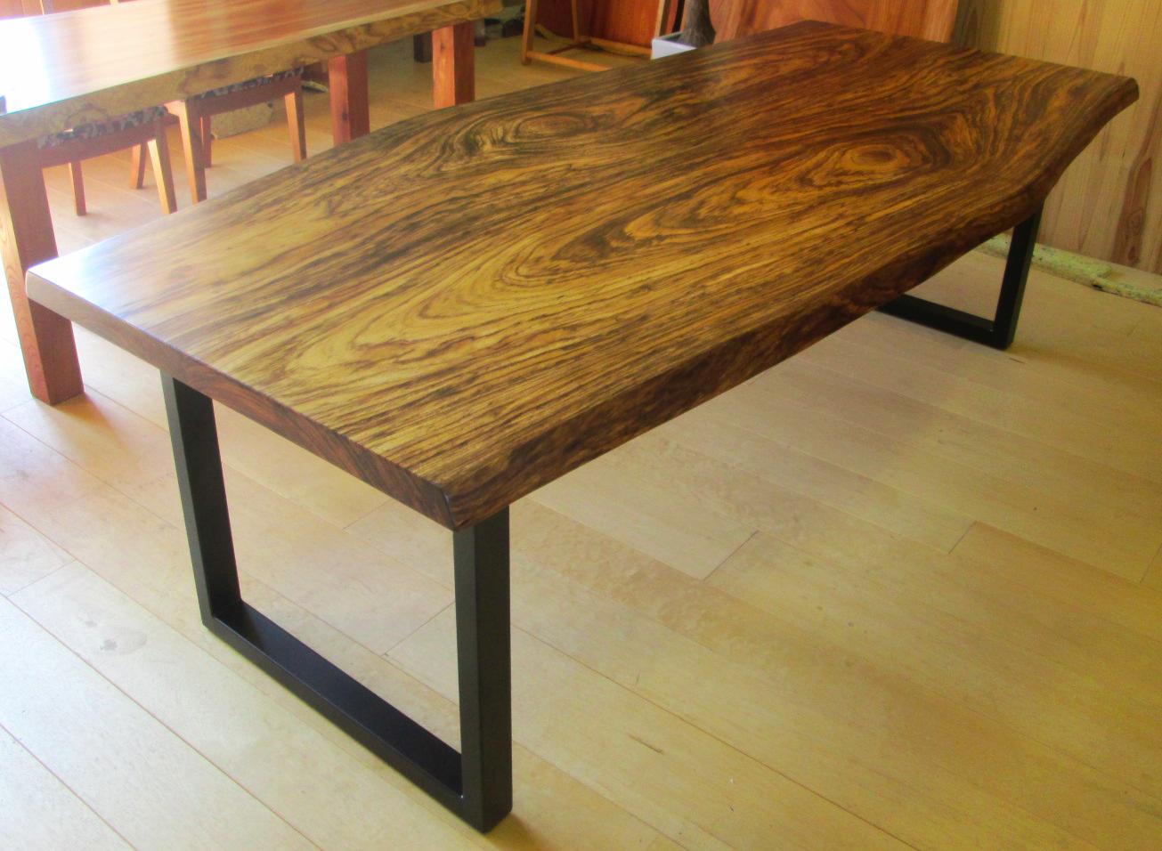 ベリのテーブル(鉄脚)