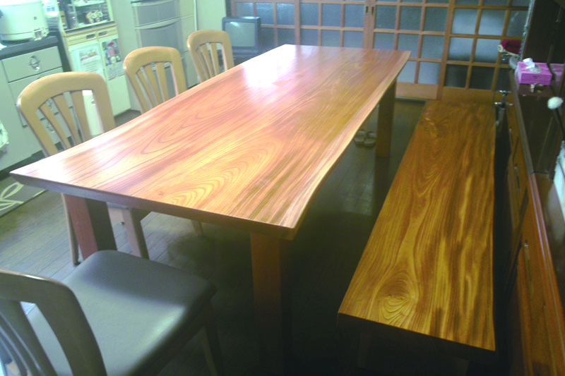 ケヤキのテーブル&ベンチ