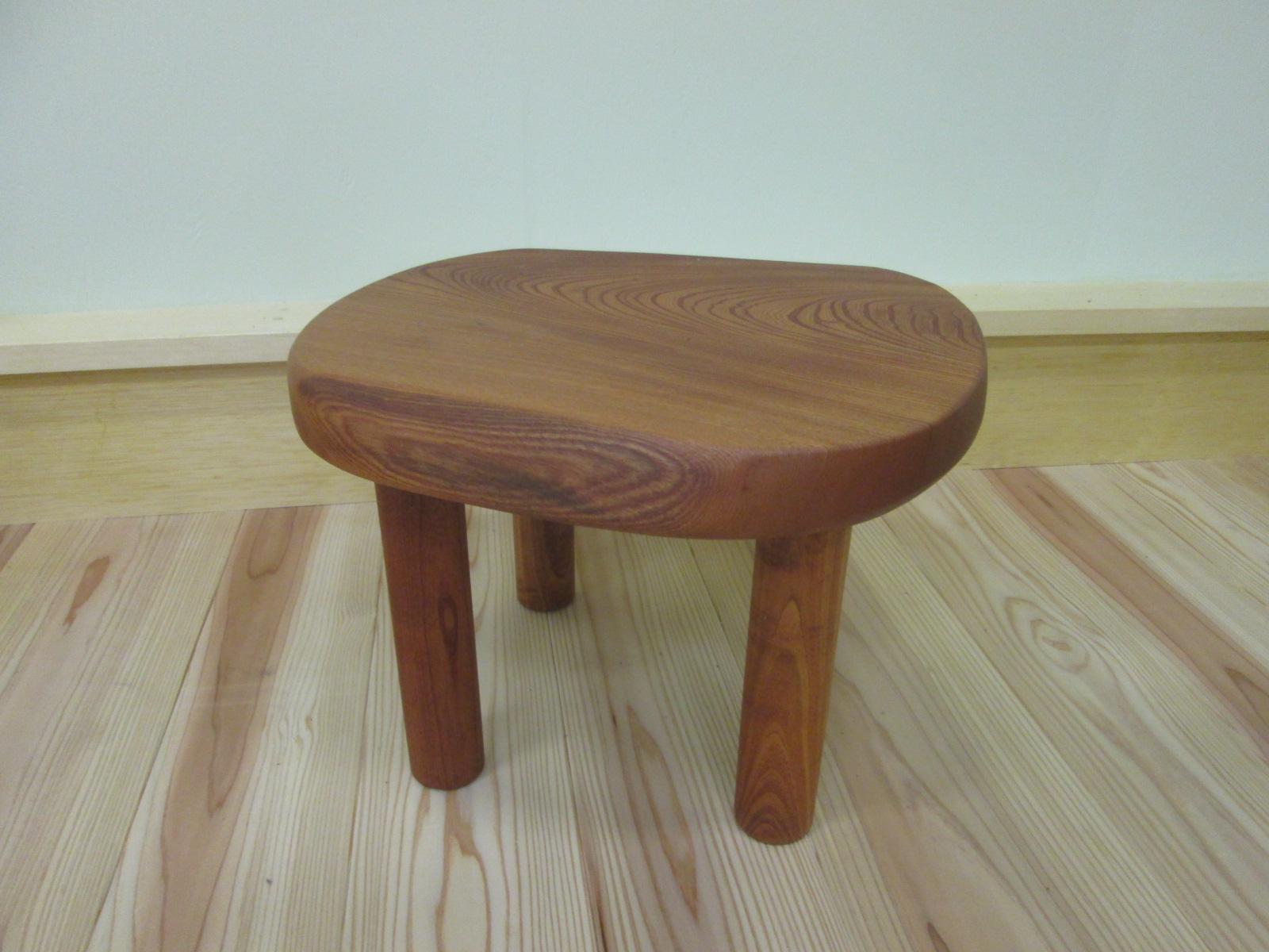 ケヤキのミニテーブル
