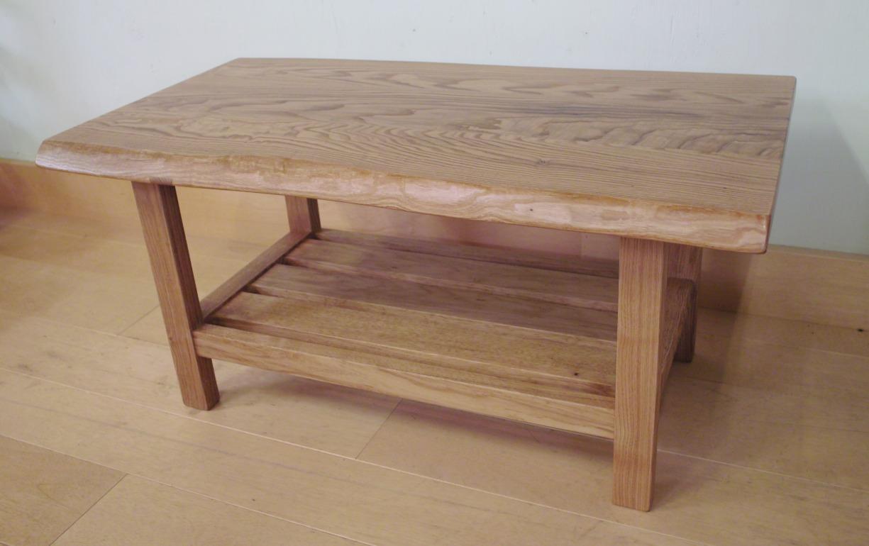 クリのリビングテーブル