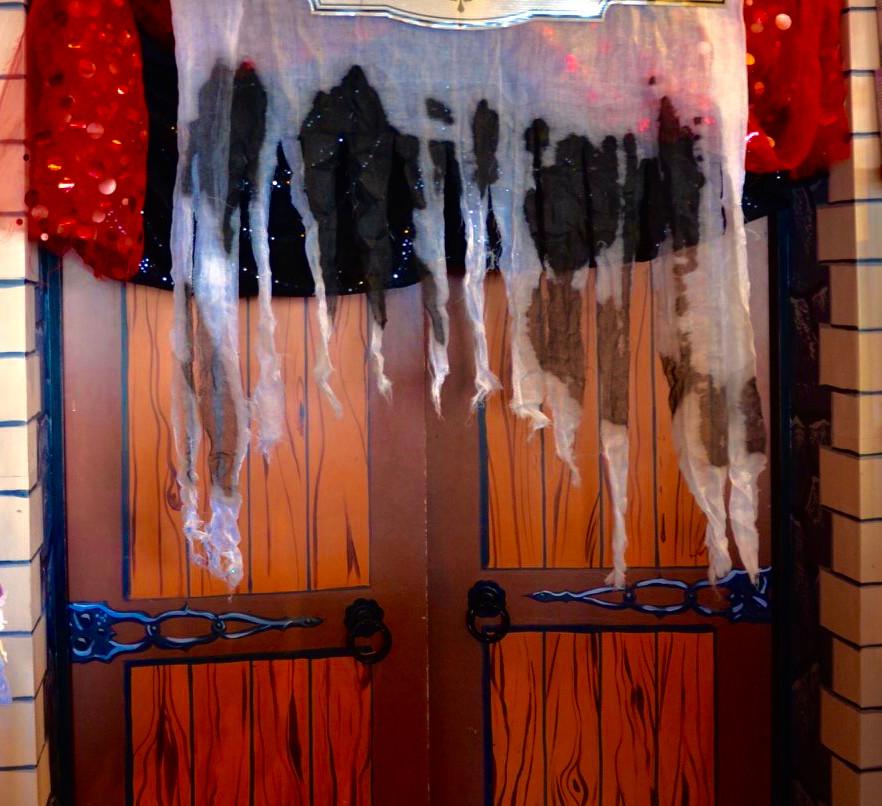 Spooky Party Entrance