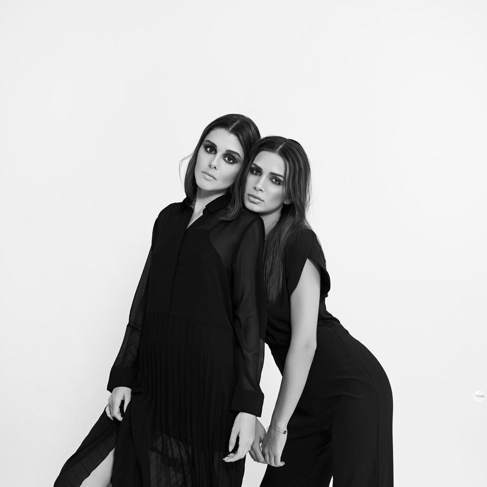 VIVIENNE & NONA / FASHION / COUPLE