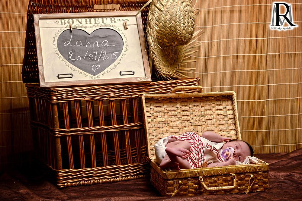 photo de bébé - naissance - nourrisson - val d'oise - 95 - enfant - enghien - videophoto-pro.com