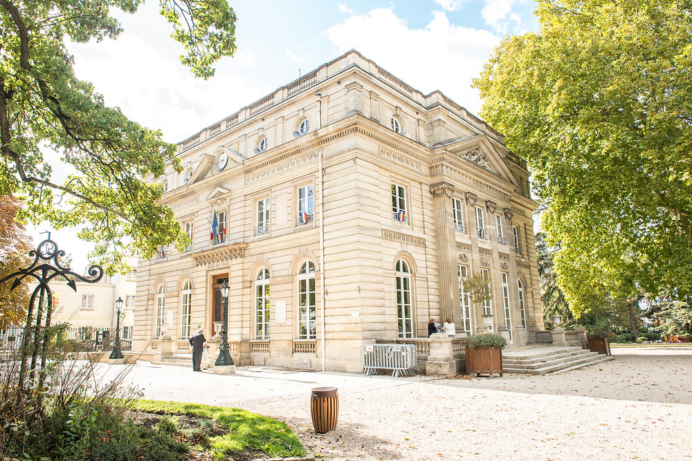 photographe de mariage - mairie de montmorency - collégiale - 95 - val d'oise - photo de couple