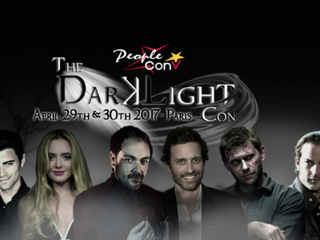 The DarkLight Con avec People Convention