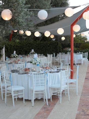Arinnanda Havuz Başında Yemekli düğün Hazırlığı
