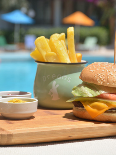 Arinnanda Otel Cheese Burger
