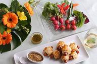 「食」✕「美」をテーマに、「旬の野菜や果物を取り入れた朝ご飯」を作って写真を撮影。