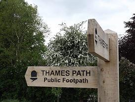 Thames path sign.jpg