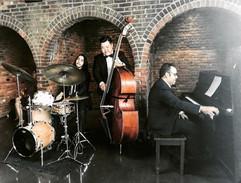 Fabio Rojas, Sang Ouk Jung & Manuel Valera