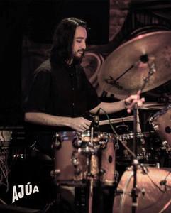 Fabio Rojas performing @ LatIndie Festival with Sara Ontaneda