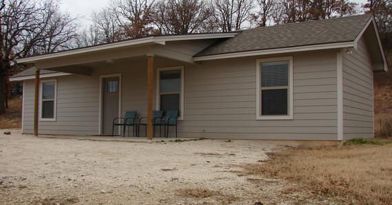 Small cabin exterior 2.JPG