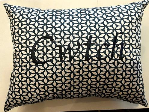 Cwtch Cushion Navy Daisy