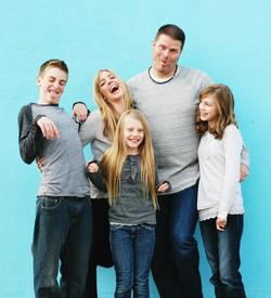 Crazy Family.jpg 2014-6-8-17:49:28