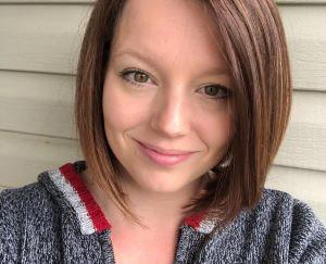 Meet Danielle - A Knotty Habit Designs!