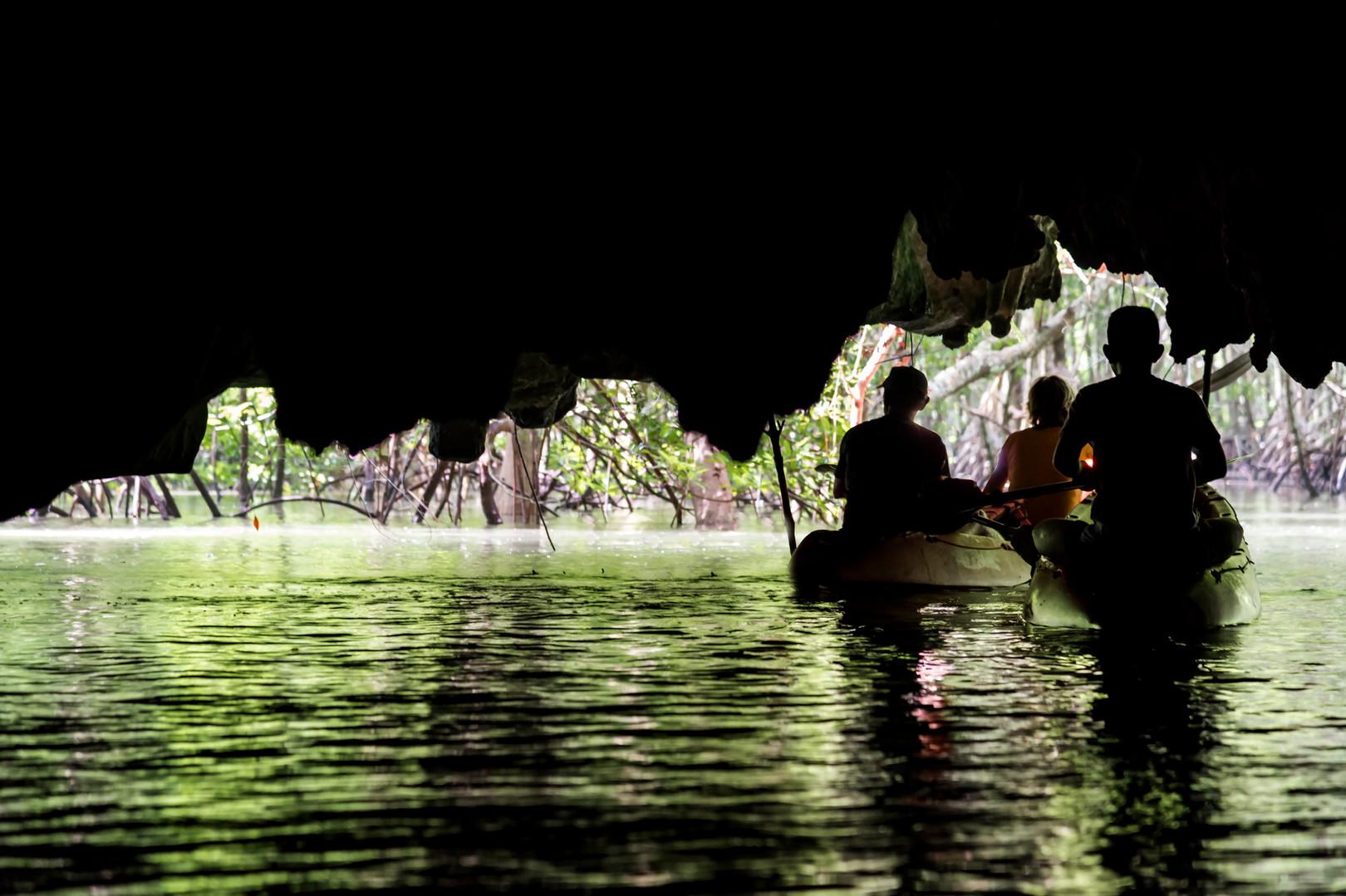 THAILAND - PEE HUA TO