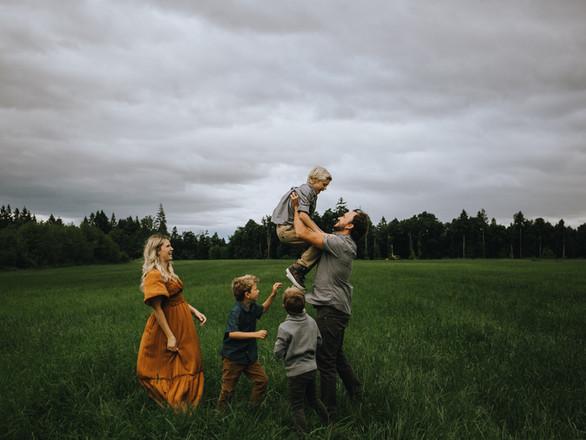 Klassen Family - Comox Valley,  BC