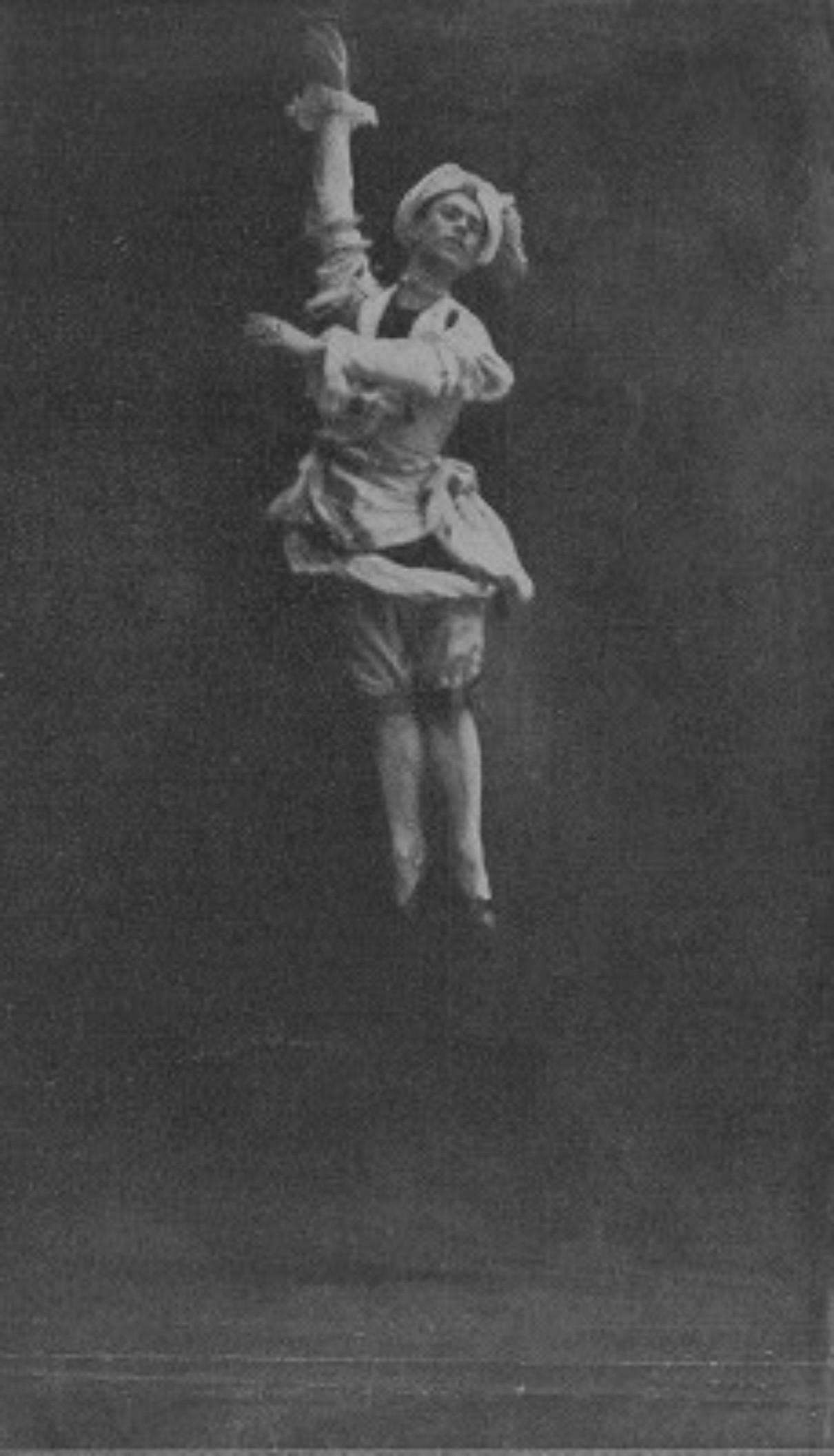615aba65e0511c448dd548c478d52ded--ballet-russe-russian-ballet_edited.jpg