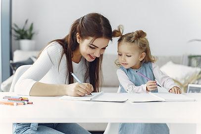 mother-and-daughter-bonding-3985033.jpg